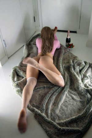 Maria-mercedes speed dating in West Columbia & outcall escort